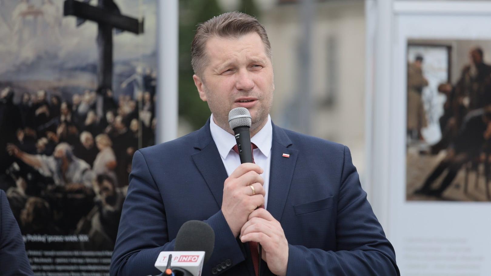 Licealiści protestowali podczas wizyty Czarnka. Minister zapowiedział konsekwencje