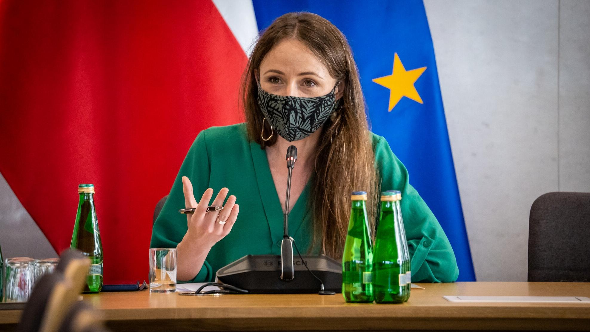 Dziemianowicz-Bąk wyjaśnia dołączenie do frakcji SLD i zapowiada powołanie nowego koła