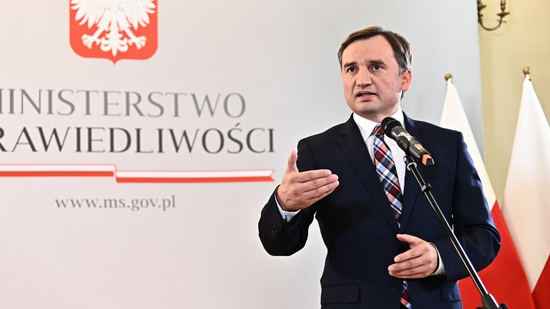 """Spięcie Ziobry z dziennikarką TVN: """"Odpowiem na to pytanie, kiedy spotkamy się w prokuraturze"""""""