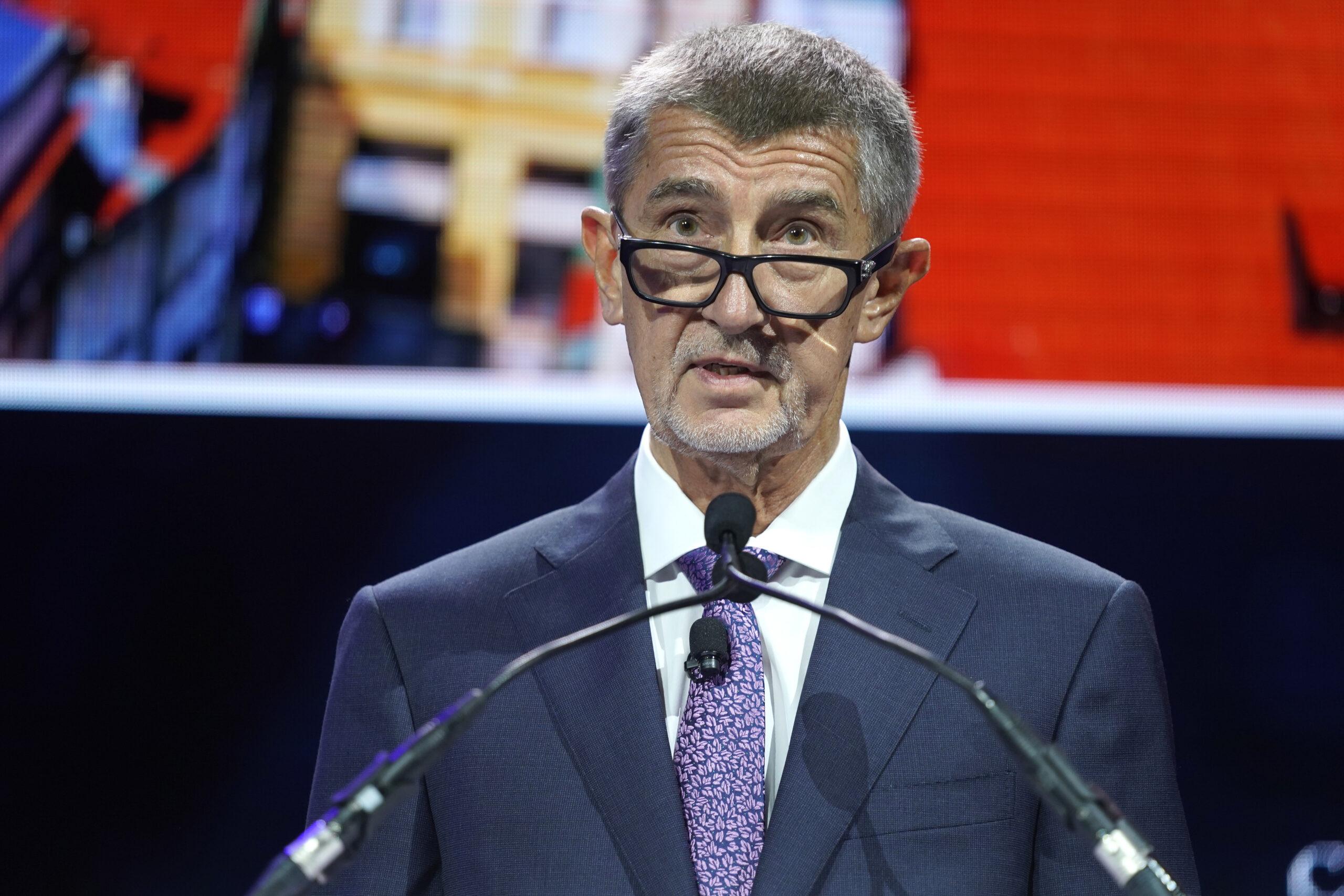 Wybory w Czechach. Partia premiera Babisza przegrywa z prawicą