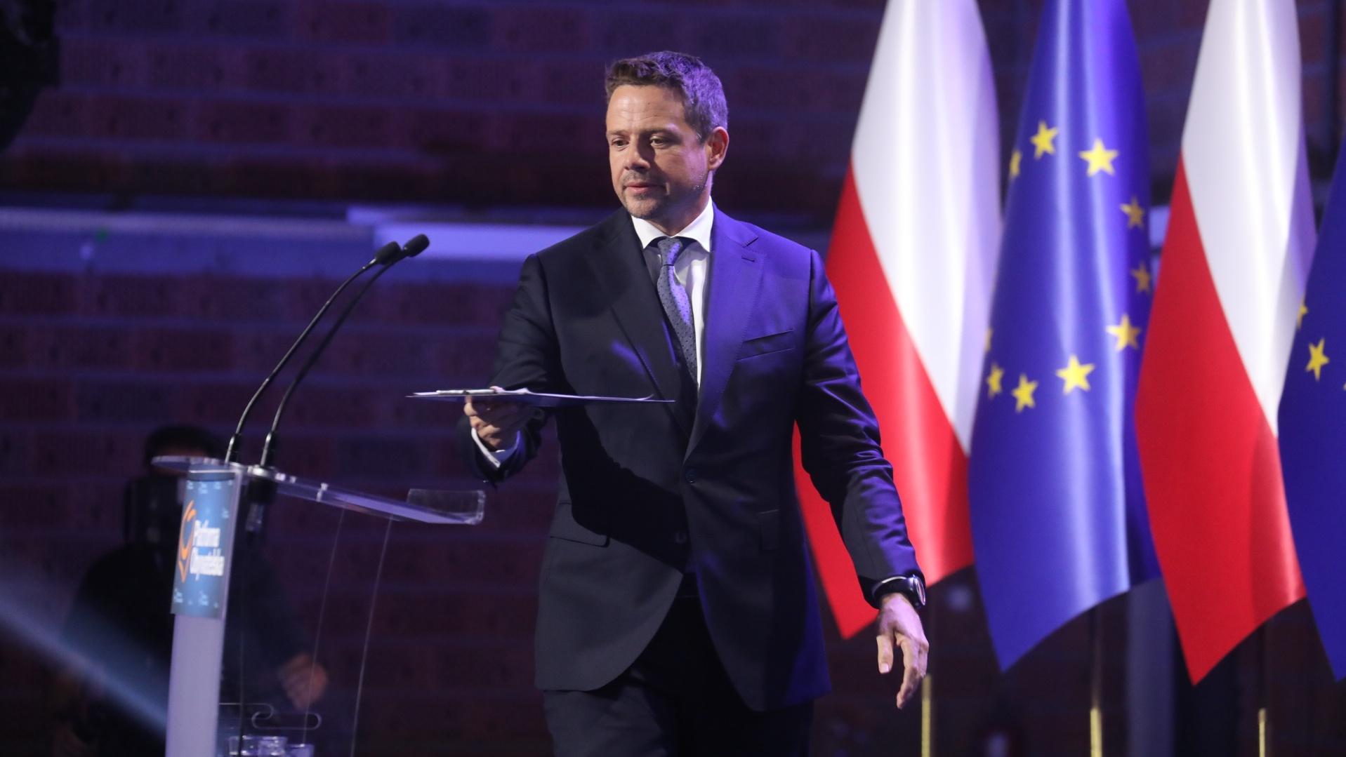 Stowarzyszenie Bąkiewicza zostanie zdelegalizowane? Trzaskowski zwrócił się do prokuratury