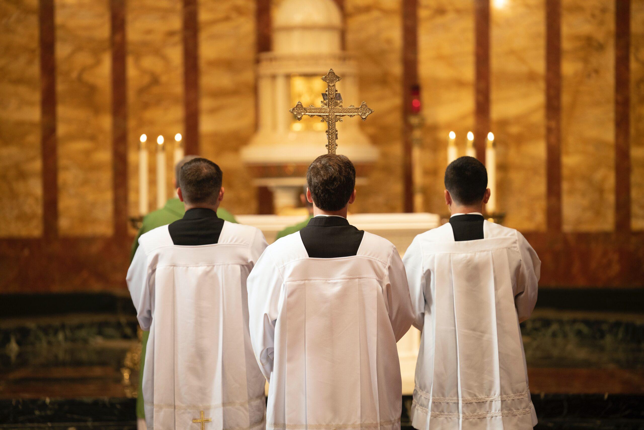 Tysiące pedofili we francuskim kościele. Powstał raport z lat 1950-2021